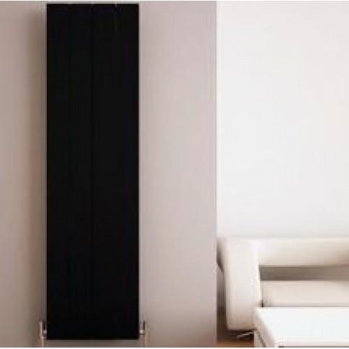 Cherniy-radiator-vertikalniy-otoplenie-doma-500x500.JPG